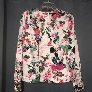Banana Republic floral  long sleeves blouse